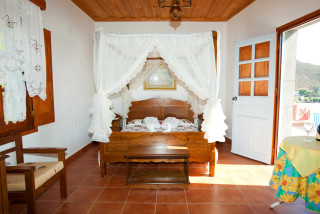accommodation apolafsis studios cozy bedroom
