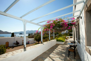 apolafsis studios in patmos